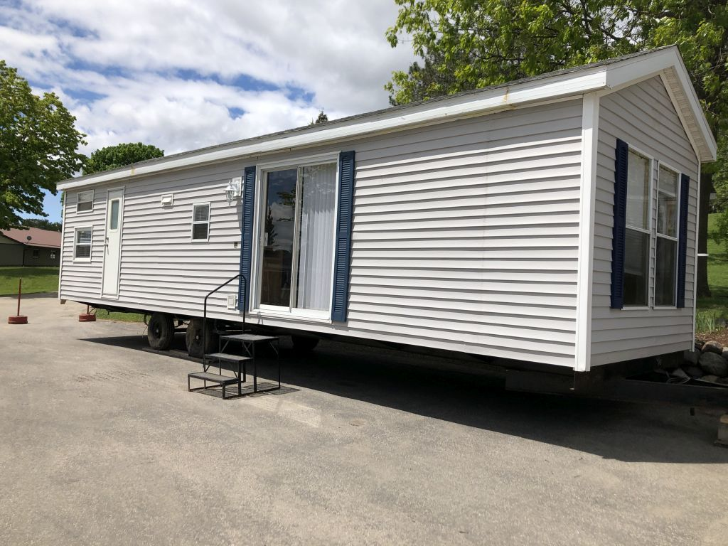 Used Travel Trailers & Park Models for Sale at Happy Hills ...